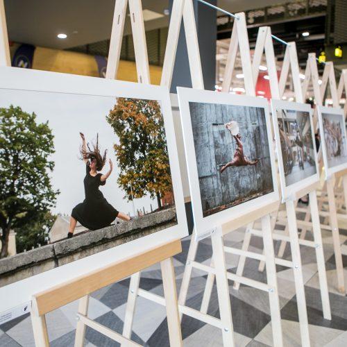 """Kauno choreografijos mokyklos 20-mečiui skirtos parodos """"IšŠok"""" atidarymas"""