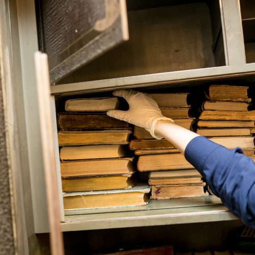 Įminta V. Kudirkos viešosios bibliotekos seifo mįslė  © Vilmanto Raupelio nuotr.