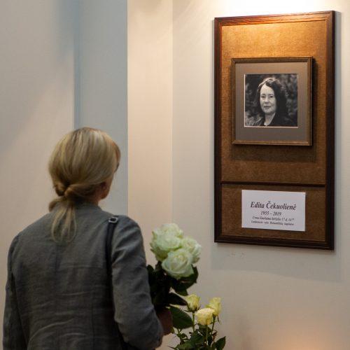 Atsisveikinimas su E. Čekuoliene  © P. Peleckio / Fotobanko nuotr.