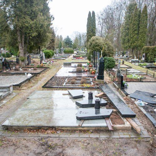 Išniekintos Seniavos kapinės  © Vilmanto Raupelio nuotr.