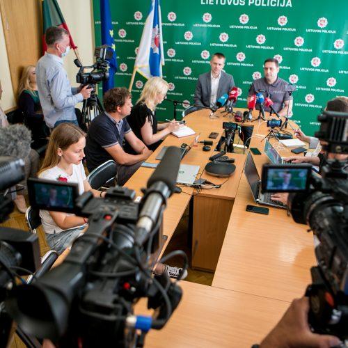 Kauno policijos spaudos konferencija dėl nuslėptų mokesčių