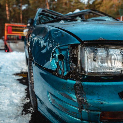 """""""Subaru"""" ištrauktas iš Kauno marių  © Eitvydo Kinaičio nuotr."""