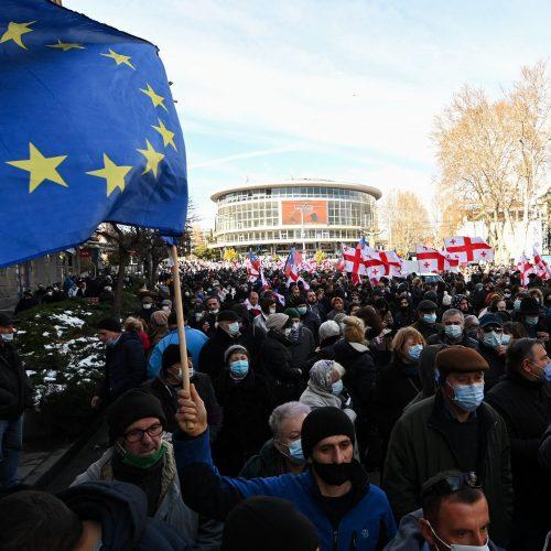 Sakartvele tęsiasi protestai prieš opozicijos lyderio areštą  © Scanpix nuotr.