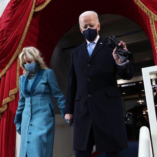 J. Bidenas prisaikdintas 46-uoju JAV prezidentu  © Scanpix, ELTOS nuotr.