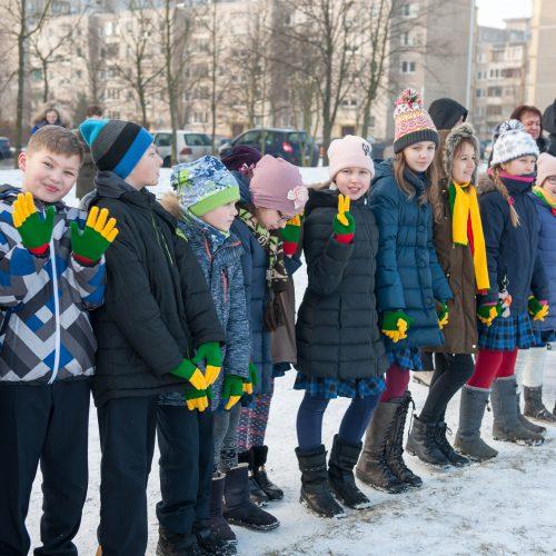 Gimnazistų sveikinimai Lietuvai  © Akvilės Snarskienės nuotr.