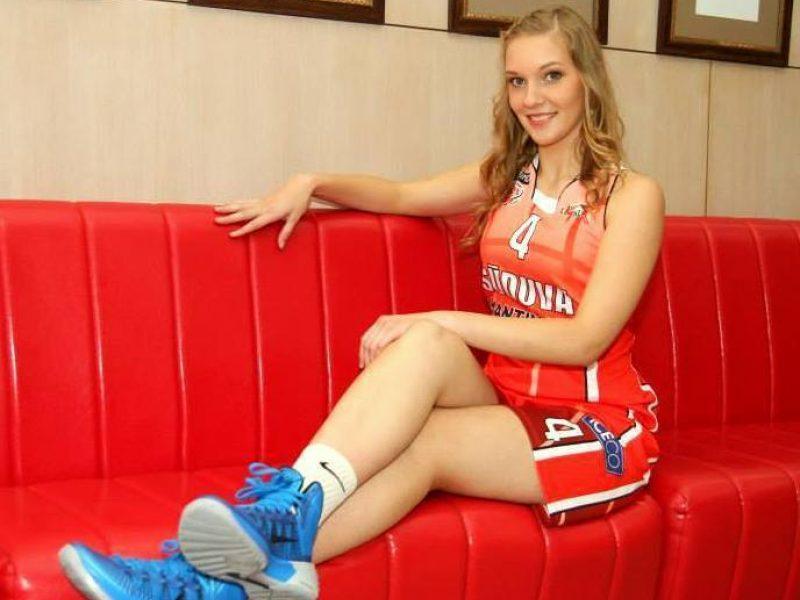 """Marijampolės """"Sūduvos"""" krepšinio ekipą papildys dvi jaunos marijampolietės"""