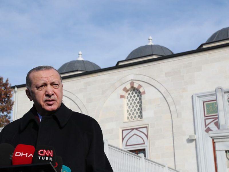R. T. Erdoganas sako norintis pagerinti santykius su ES