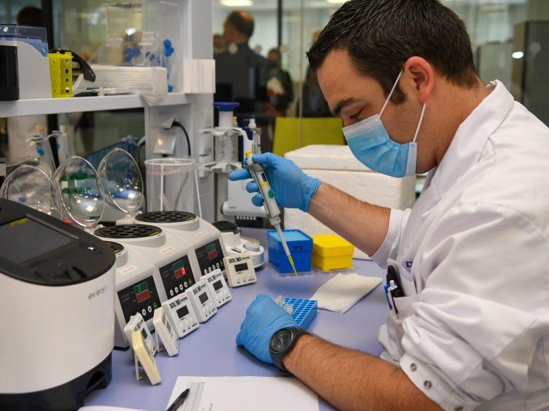 Vokietijoje nustatyta beveik 2 tūkst. naujų COVID-19 atvejų