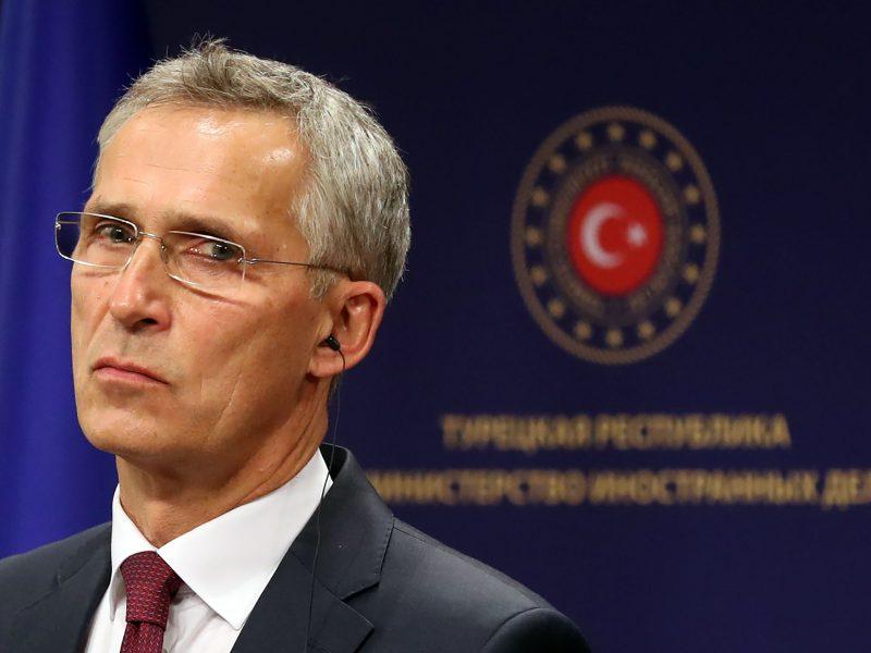 NATO vadovas ragina Turkiją raminti Kalnų Karabacho konfliktą