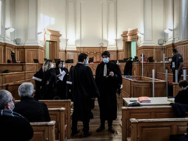 Prancūzijoje buvęs chirurgas nuteistas didžiulio masto pedofilijos byloje
