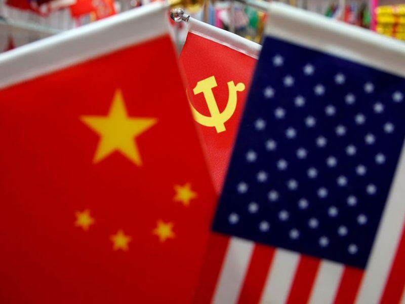 JAV įvedė griežtus kelionių apribojimus Kinijos komunistų partijos nariams