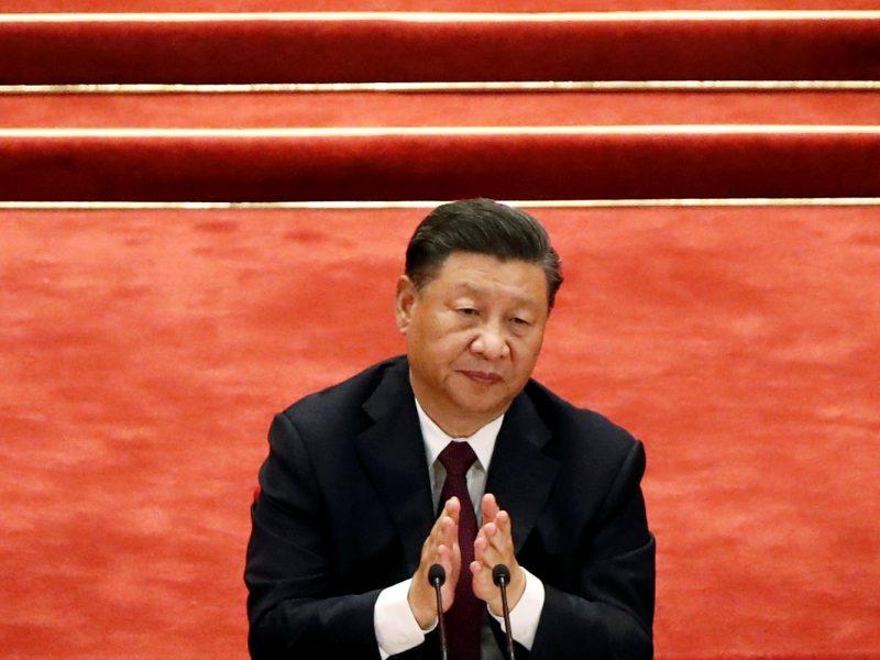 Kinijos prezidentą kritikavęs verslininkas siunčiamas už grotų