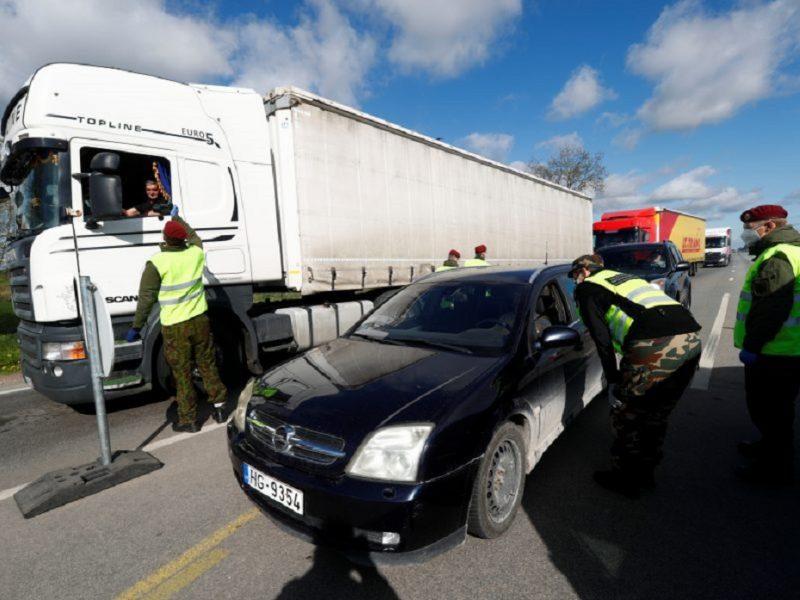 Draudimas įvažiuoti į Latviją be rimtos priežasties pratęsiamas iki balandžio 6-osios