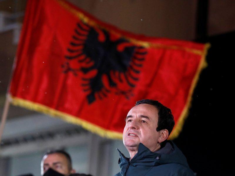 Kosovo parlamento rinkimus laimėjo partija, kuriai vadovauja buvęs premjeras A. Kurti