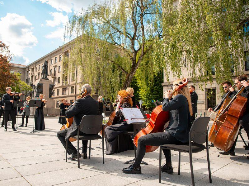 Pasiilgusiems klasikos – tiesioginė Kauno simfoninio orkestro koncerto transliacija