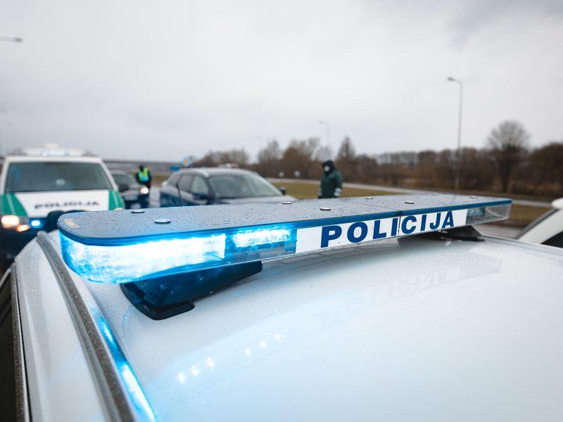 Velykų savaitgalis keliuose: žuvo vairuotoja, sužeista 20 žmonių