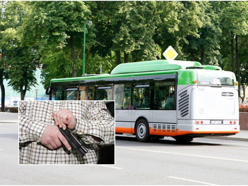 Tarp Klaipėdos valdininkų – diskusijos: autobusuose leis vežtis ginklus?
