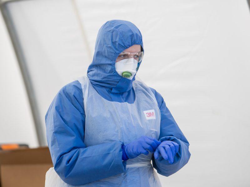 Koronavirusas Klaipėdoje guldo kariškius, teatralus, medikus