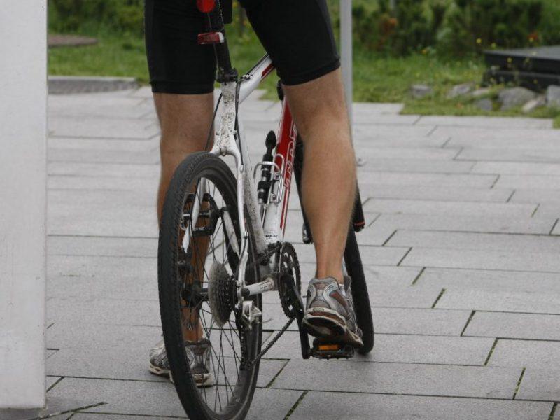 Uostamiestyje siaučia vagys: negrąžina nuomoto dviračio, pavogė prekybinį lauko skėtį