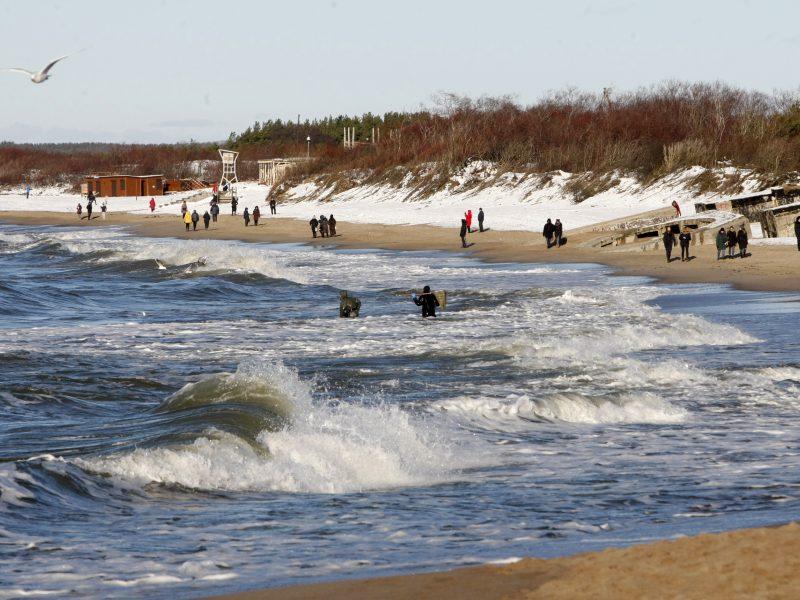 Pajūryje – niūri lietuviška žiema