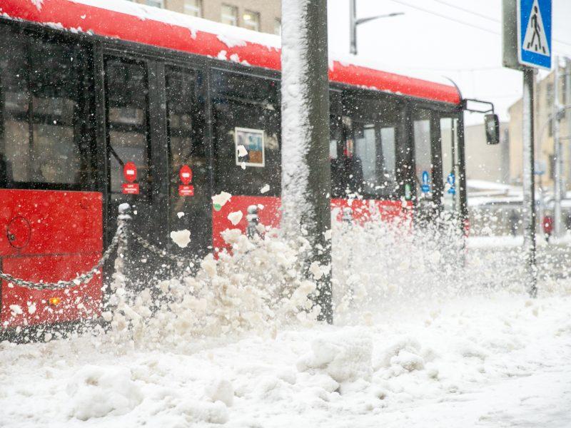 Po gausaus snygio Kaune – sudėtingos eismo sąlygos