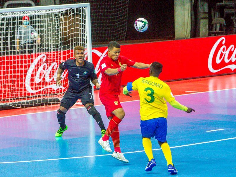 Naujas išbandymas futbolo ekipoms – aštuntfinalis