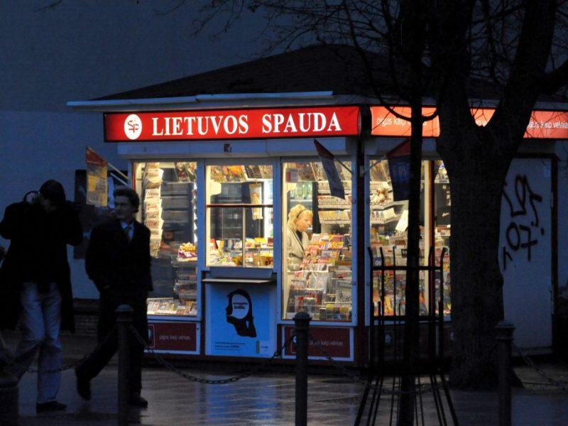 Neramus pirmasis žiemos vakaras pajūryje: du vyrai siaubė Klaipėdos kioskus