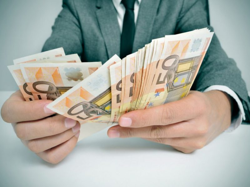 Kvepia didžiulio masto afera: pajūrio verslininkai nuslėpė trečdalį milijono eurų?