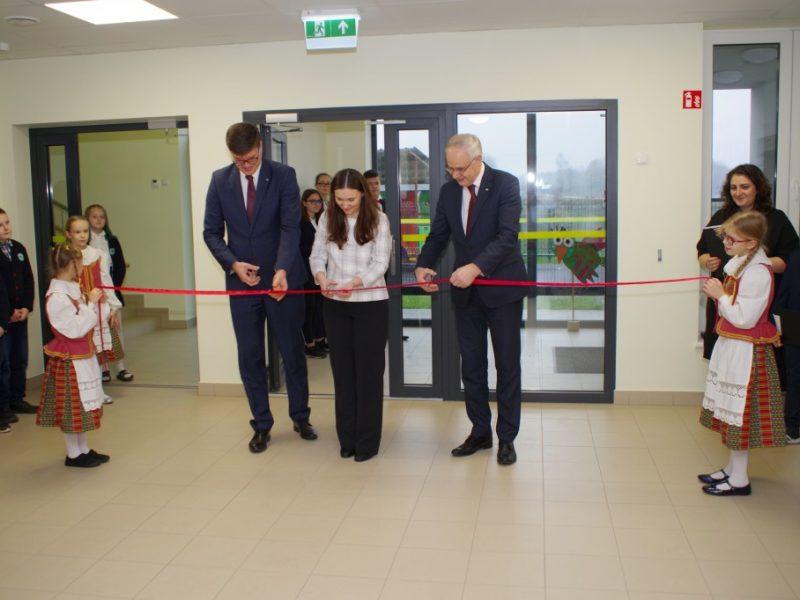 Vilniaus rajone atidaryta nauja lietuviška pradinė mokykla