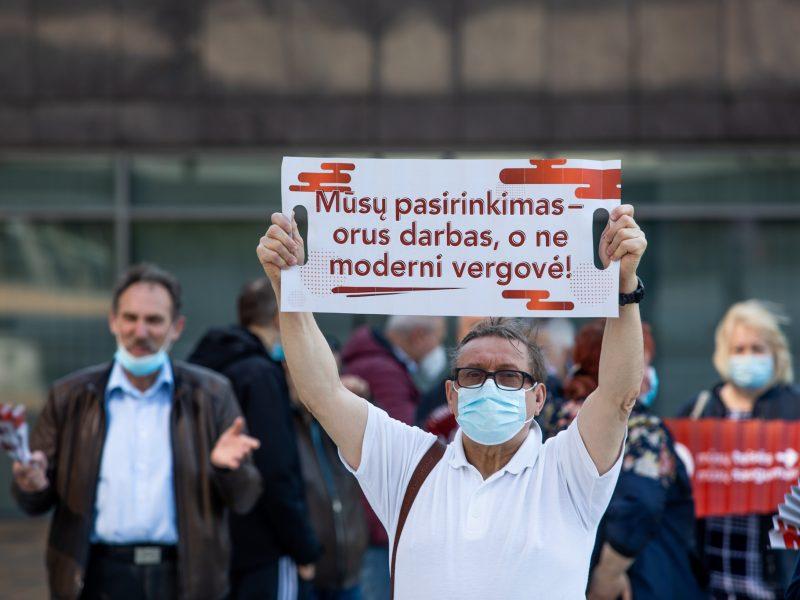 Socialdemokratai ragina Vilniaus valdžią derėtis su vairuotojais