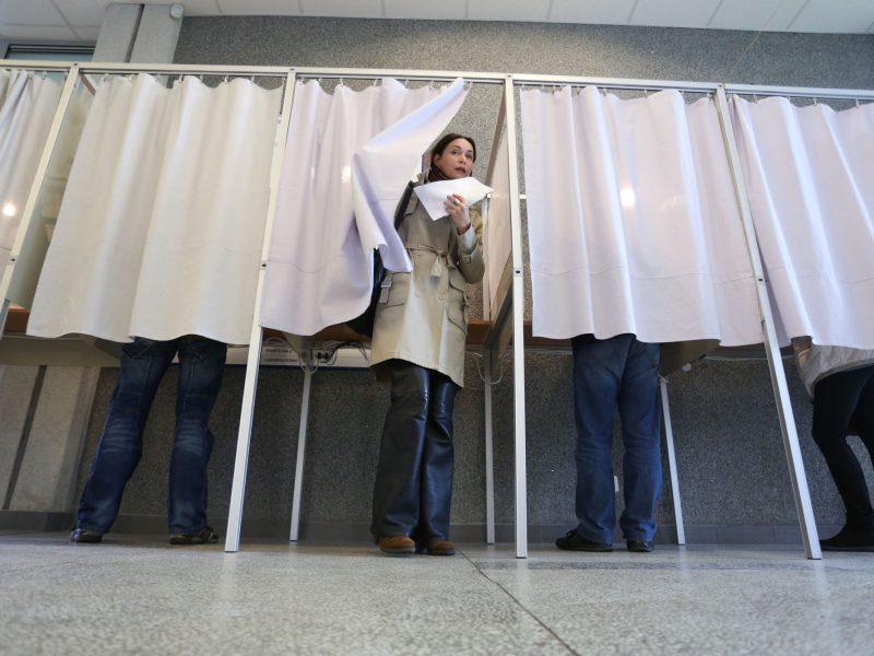 Policija gavo 104 pranešimus apie rinkimų pažeidimus, pradėjo tris tyrimus