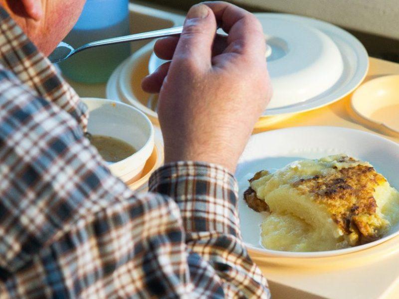 Santaros klinikose – kebli situacija dėl ligonių maisto