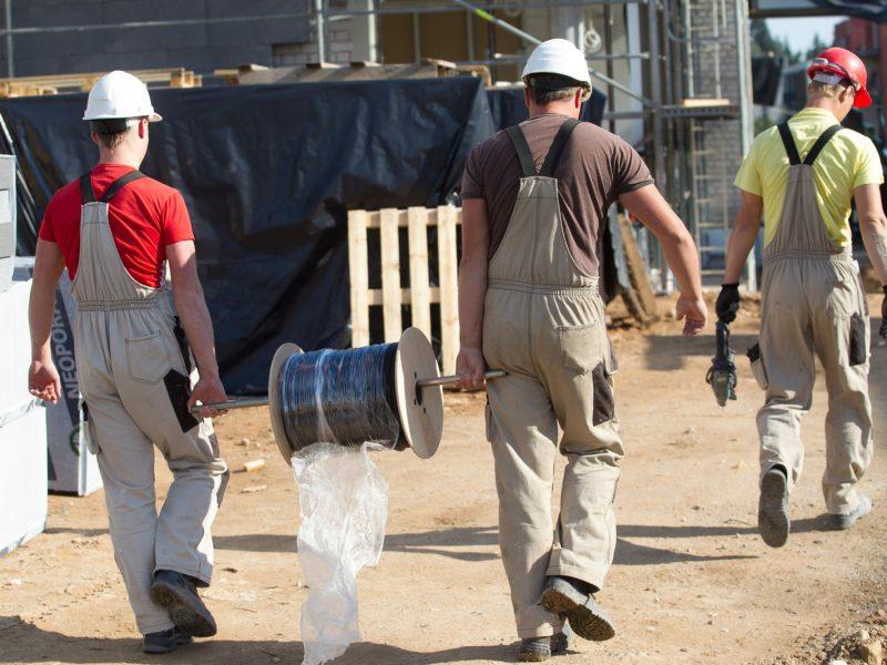 Darbo inspekcija sulaukia tūkstančių skundų: kokie pažeidimai dažniausi?
