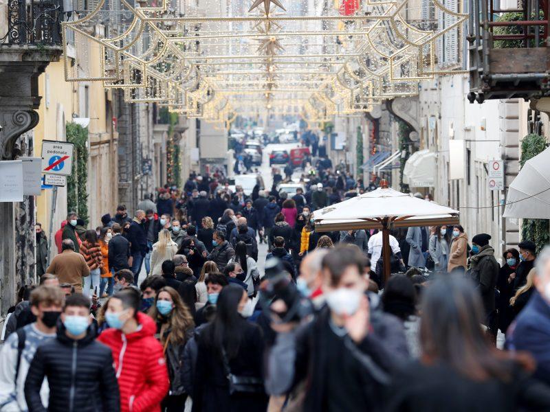 Italai per šventes privalės laikytis dar griežtesnio karantino