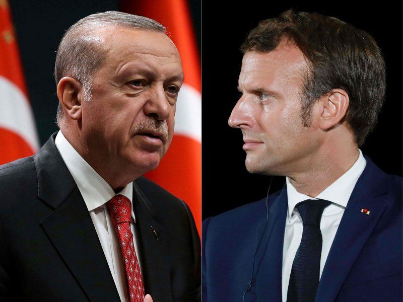 """R. T. Erdoganas užsipuolė E. Macroną: jam reikėtų """"pasitikrinti psichiką"""""""
