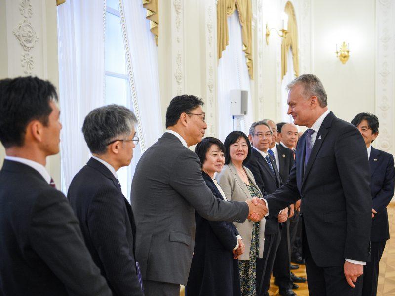 Prezidentūroje – Japonijos verslo delegacija