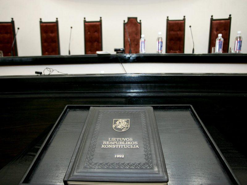 V. Pranckietis su frakcijų seniūnais tarsis dėl kandidatų į KT teisėjus