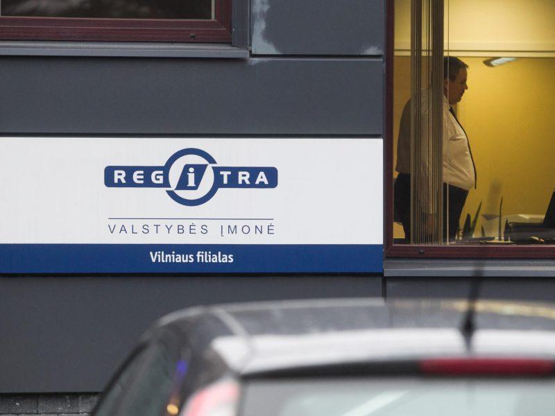"""""""Regitra"""": Britanijoje įgyti vairuotojo pažymėjimai bus keičiami sena tvarka"""