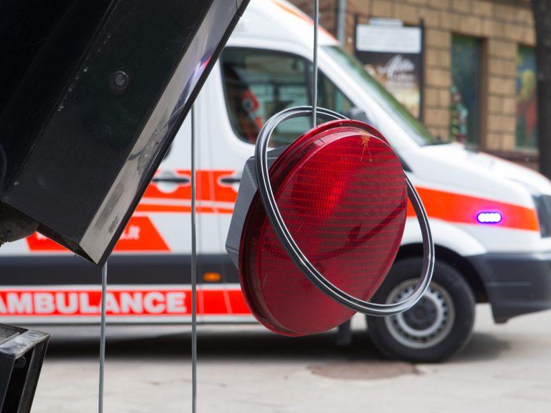 Liepkalnyje įkaušusi jauna vairuotoja sukėlė avariją
