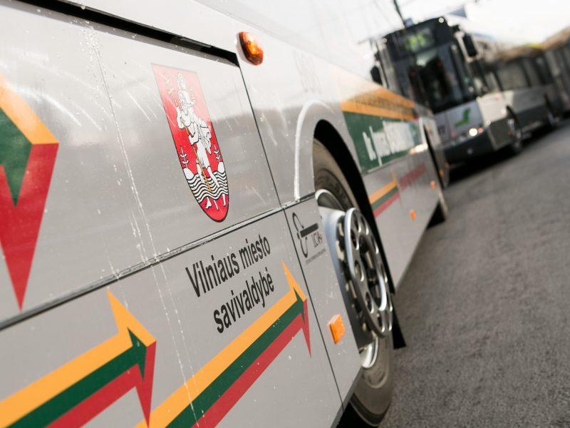 Kalbos komisija nepritarė anglų kalbai sostinės autobusuose