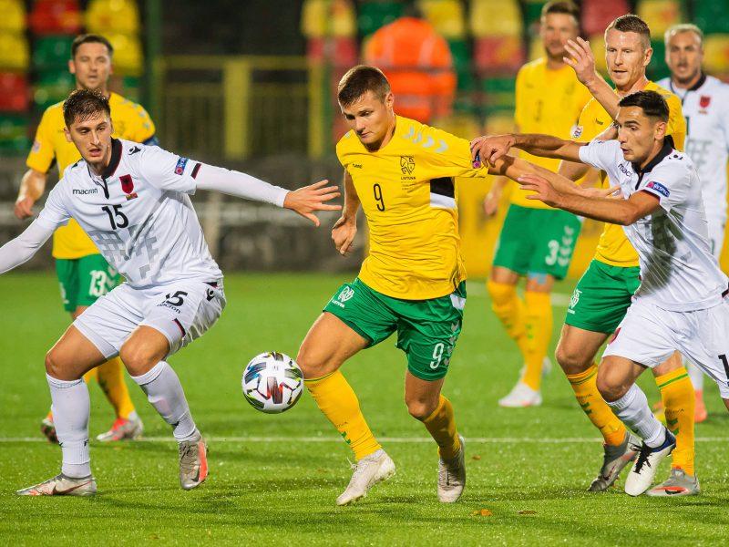 Lietuvos futbolo rinktinė – jau ne autsaiderė, bet lūkesčiai – didesni