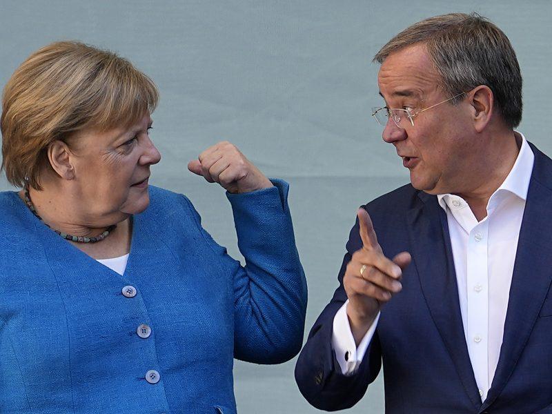 A. Merkel paragino vokiečius balsuoti už A. Laschetą ir Vokietijos ateitį
