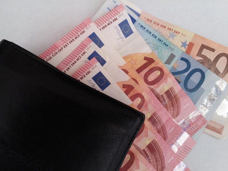 Nuo balandžio iki metų pabaigos išmokėta 183 mln. eurų subsidijų darbo užmokesčiui