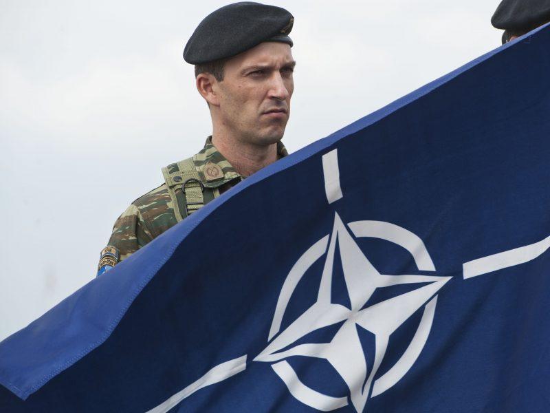 NATO generolas su Lietuvos pareigūnais aptars Aljanso gynybos planus