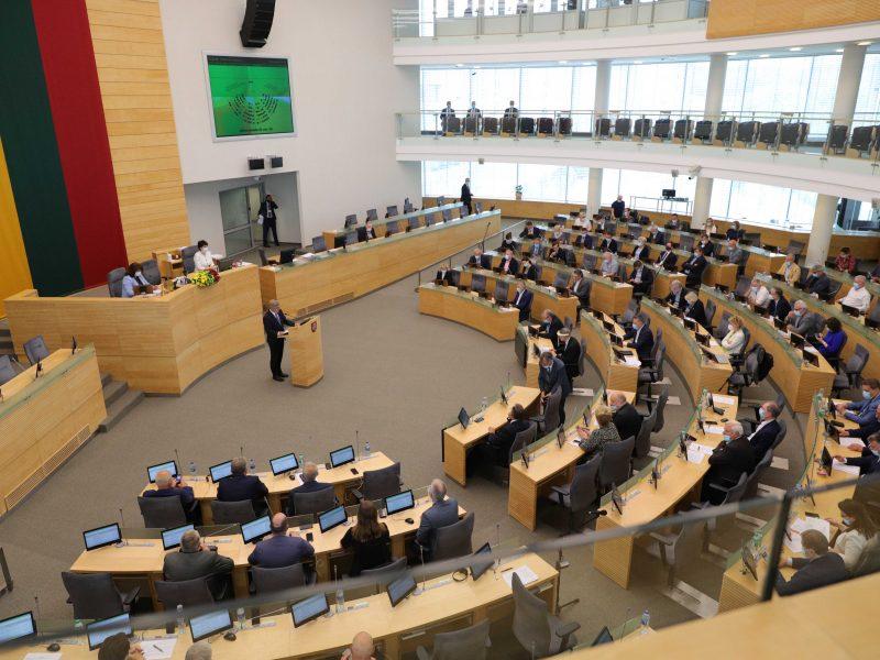 Seimas baigia pandemijos pakoreguotą pavasario sesiją