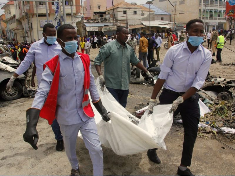 Somalyje prie prezidentūros – didžiulis sprogimas: žuvo 8 žmonės