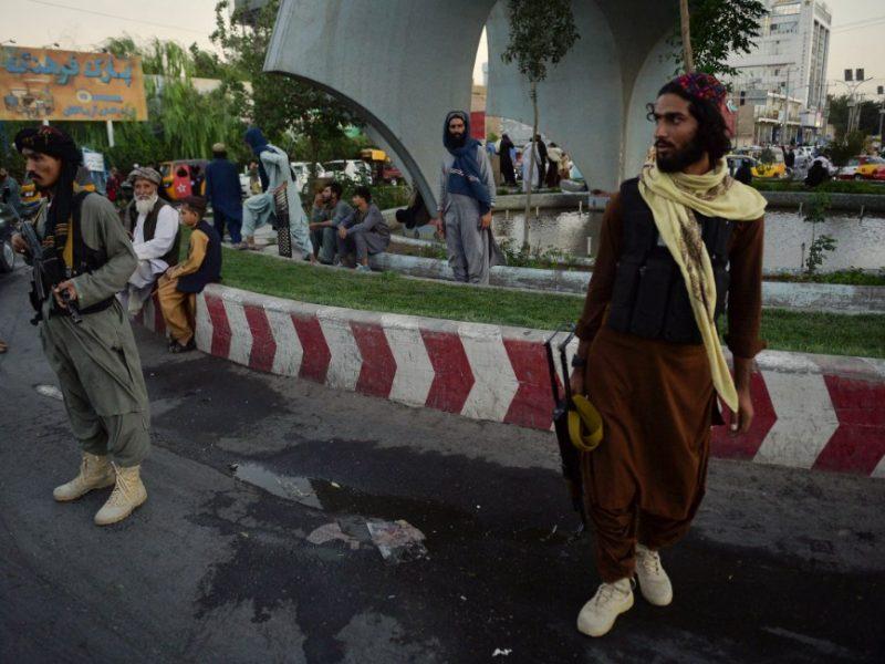 Afganistano mieste – kraupus reginys: centrinėje aikštėje pakabino lavoną