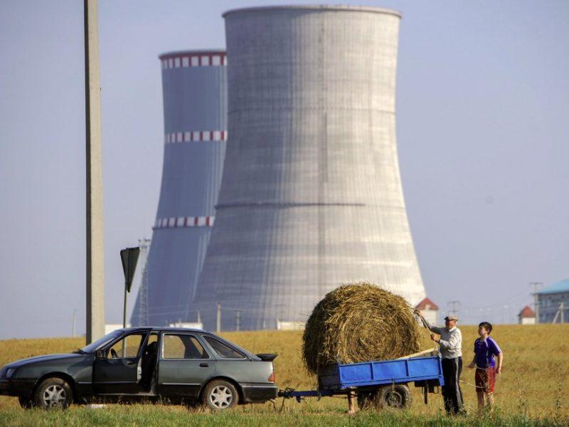 Vyriausybinė komisija spręs, kaip užkirsti kelią baltarusiškai elektrai