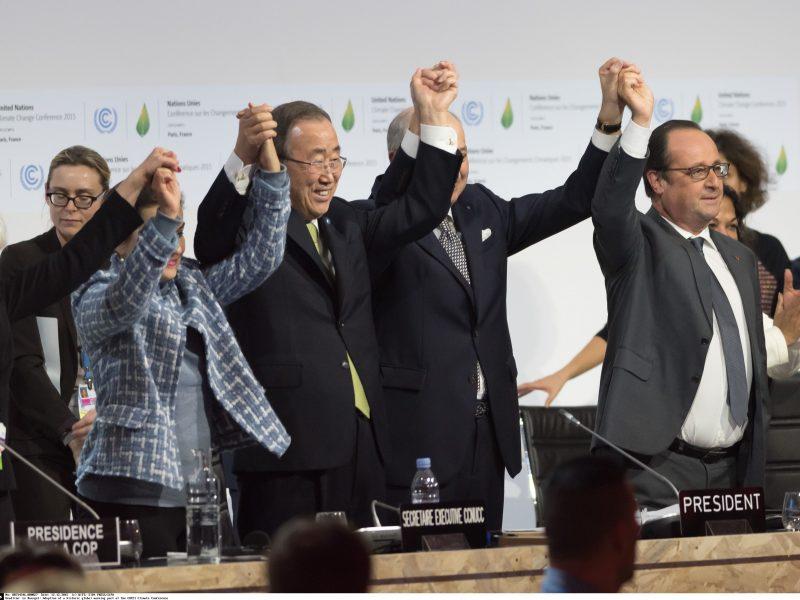 Paryžiuje priimta tarptautinė klimato sutartis sutikta su euforija