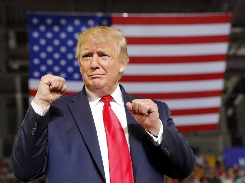 JAV Atstovų Rūmai atmetė bandymą inicijuoti D. Trumpo apkaltą